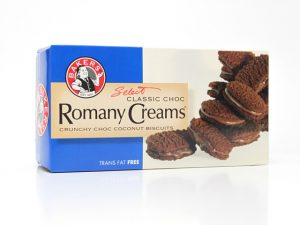BAKERS ROMANY CREAMS classic chocolate